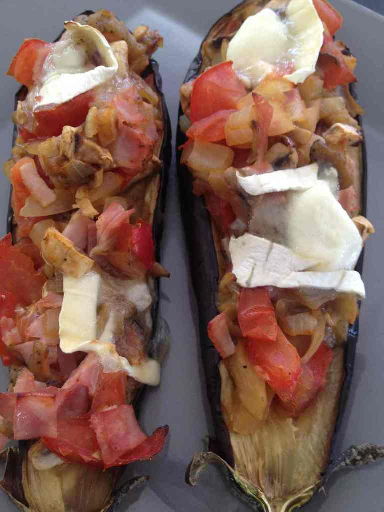 Aubergine farcie champignons jambon et chèvre