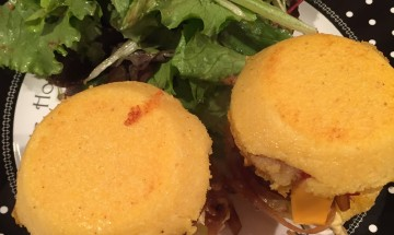 Hamburger de polenta sans gluten