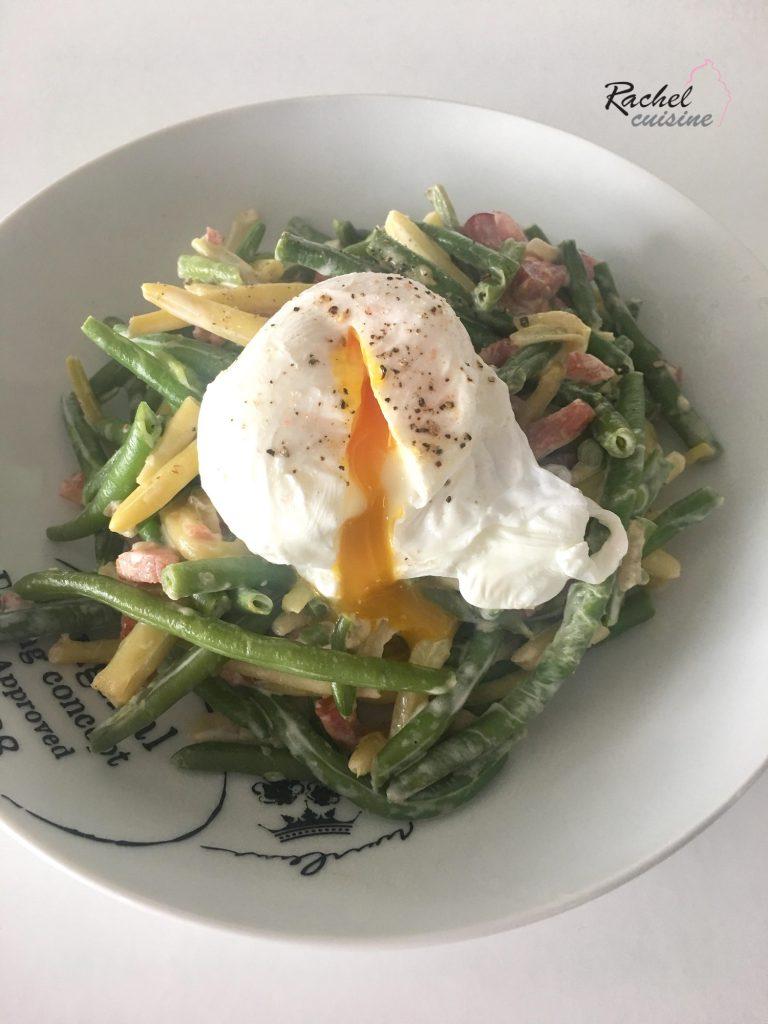 Haricots verts carbonara et œuf poché